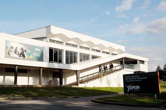 Đại học INSA Pháp.