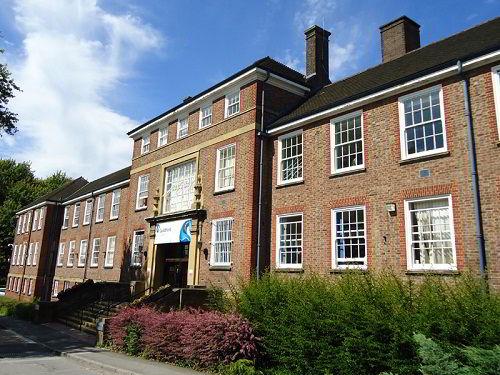 Du học Anh tại trường Cao đẳng Guildford