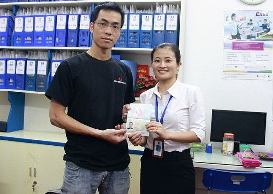Nguyễn Quang Huy nhận visa du học Singapore