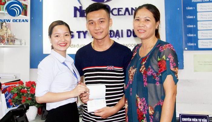 Trần Ngọc Nghĩa nhận visa du học Hàn Quốc kỳ tháng 6