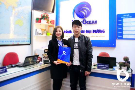 Nguyễn Ngọc Vương nhận visa du học Hàn Quốc - Thành vì quả quyết, bại vì ngại ngùng