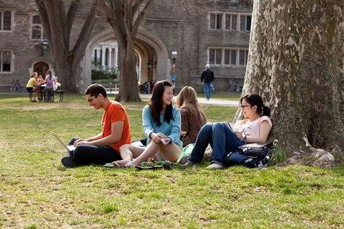Sinh viên du học tại HBO