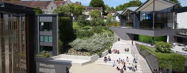 Khuôn viên trường đại học Winchester