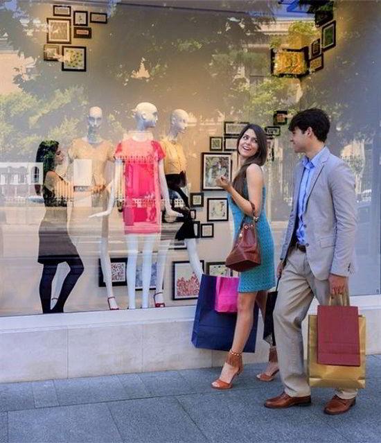 Madrid cũng được Globe Shopper Index xếp hạng là thành phố tốt thứ 2 ở châu Âu để mua sắm.
