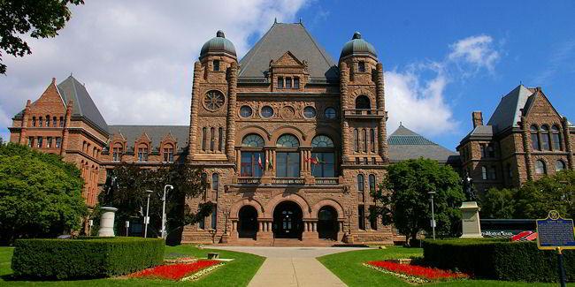 Đại học Toronto Canada