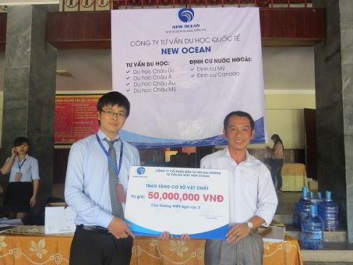 New Ocean trao gói hỗ trợ cho các trường học ở Nghệ - Tĩnh