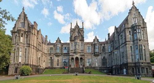 Bangor University ( Đại học Bangor )