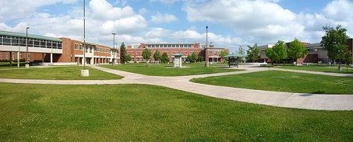 Campus của trường đại học Bắc Michigan