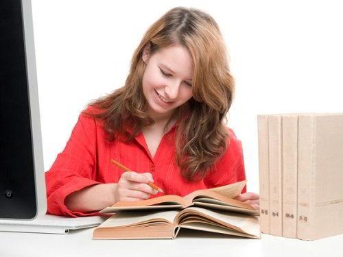 Tuyển dụng nhân viên thực tập vị trí biên phiên dịch mảng du học
