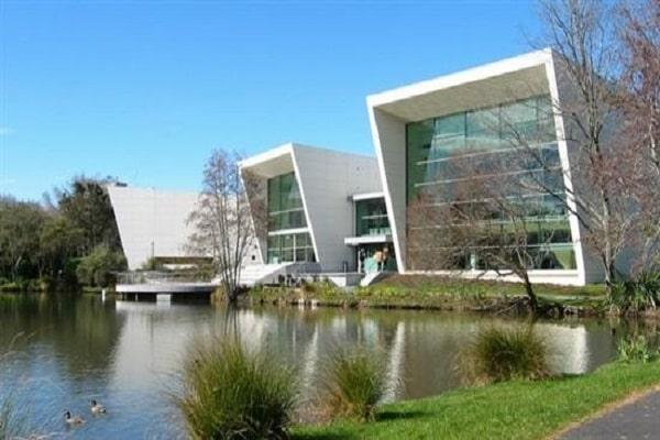 Khuôn viên thơ mộng của Đại học Waikato