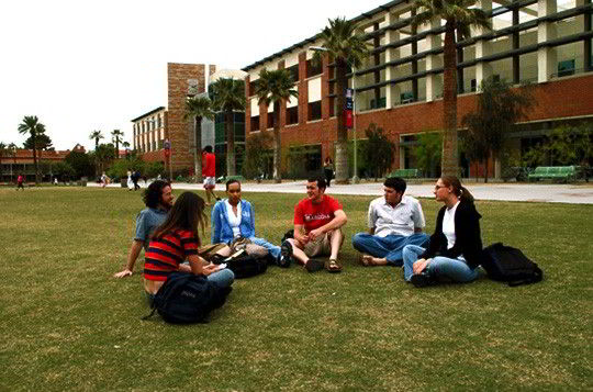 Cơ hội nhận học bổng du học Canada của sinh viên trường Đại học Manitoba