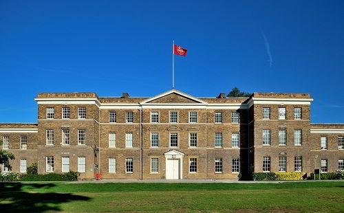 Học bổng du học Anh Đại học Leicester