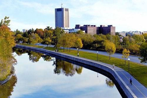 Đại học Carleton