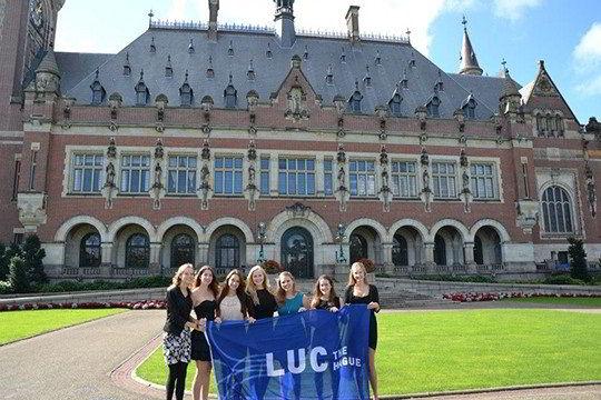 Học bổng thạc sĩ xuất sắc Đại học Leiden, Hà Lan 2016