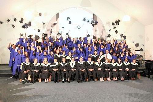Buổi lễ tốt nghiệp của học sinh trường Cao đẳng Great Lakes