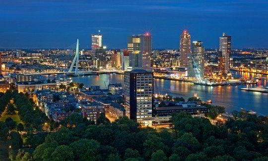 Một góc quang cảnh của thành phố cảng Rotterdam