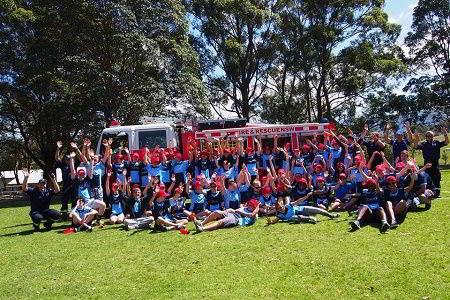 Hình ảnh học sinh trường Illawarra Grammar trong một hoạt động ngoại khóa