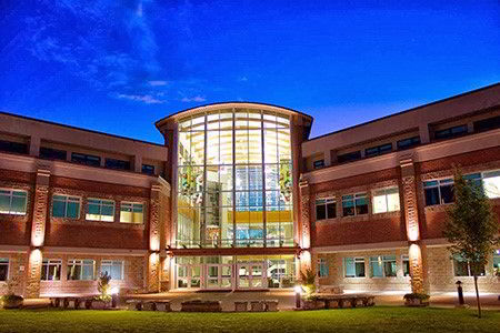 Một góc khuôn viên trường Douglas College