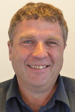 Mr Andrew Gill- Giám đốc sinh viên quốc tế.