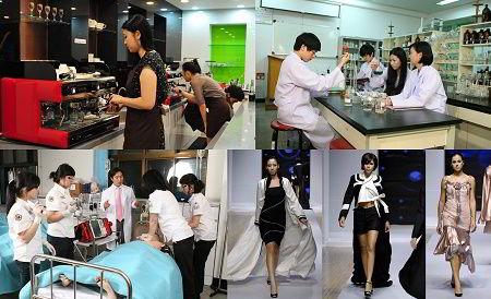 Hình ảnh sinh viêntrường Đại học Howon thực hành trực tiếp trong các khóa học