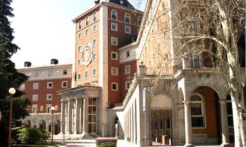 UCM xếp hạng trong top 3 trường dẫn đầu theo tiêu chuẩn quốc tế