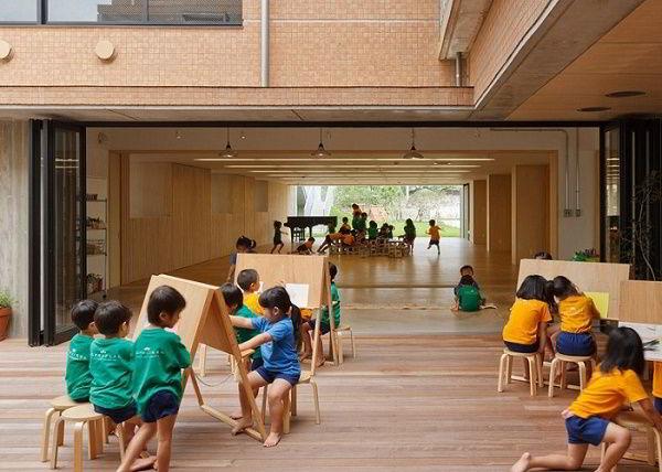 Việc đi học Mẫu giáo không phải là bắt buộc đối với trẻ em Nhật Bản