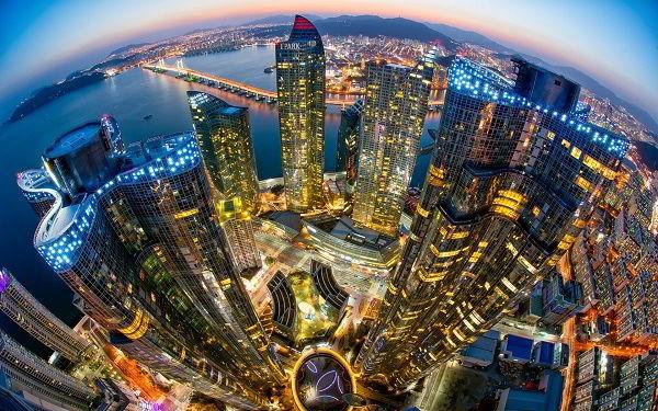 Hàn Quốc hiện tại đang là nằm trong Top 3 quốc gia phát triển nhất Châu Á và Top 10 trên thế giới.