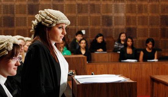 Điều kiện trở thành Luật sư tại Úc