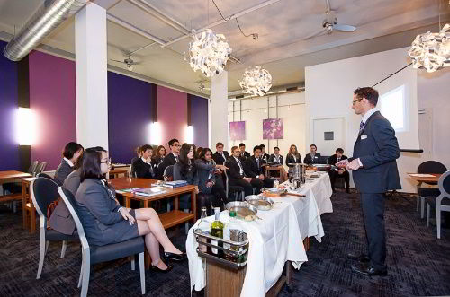 Du học Thụy Sĩ ngành Quản trị khách sạn, du lịch?