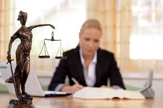 Sinh viên được đào tạo chuyên sâu về ngành Luật tại Úc