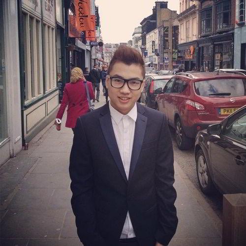 Jason Việt Tiến - Cựu sinh viên ngành Marketing, Advertising & PR tại ĐH Birmingham City, Anh Quốc