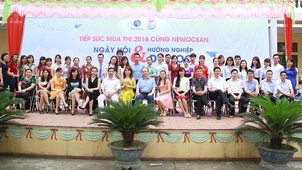 Cảm ơn tất cả các vị khách mời, các thầy cô trường THPT Thanh Bình đã tham gia chương trình.
