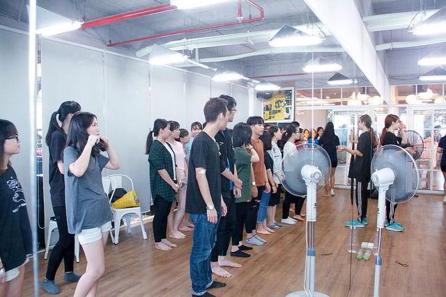 Vô cùng thích thú với lớp học nhảy K-POP Dance