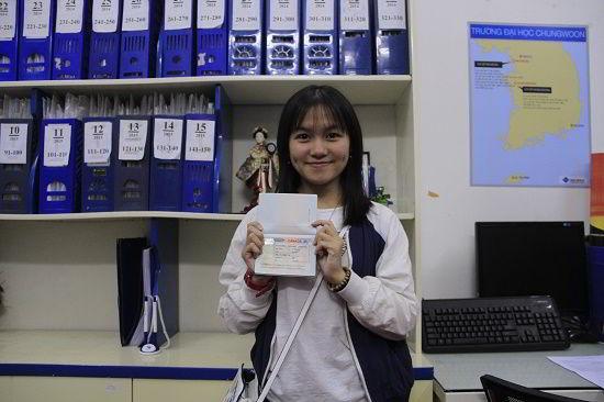 Đào Thị Nguyệt Hà nhận visa du học Canada