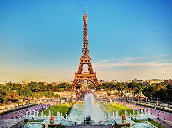 Paris xếp vị trí thứ 2 trong top 30 thành phố tốt nhất thế giới cho sinh viên quốc tế du học.
