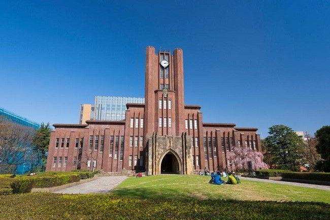 Đại học Tokyo - giữ vị trí đầu bảng xếp hạng các trường đại học về y khoa ở châu Á
