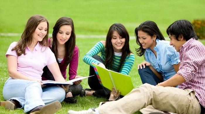 Một trong những lí do tạo động lực du học tuyệt vời là cơ hội được tiếp xúc và kết thêm nhiều bạn mới đến từ nhiều đất nước khác nhau trên thế giới.