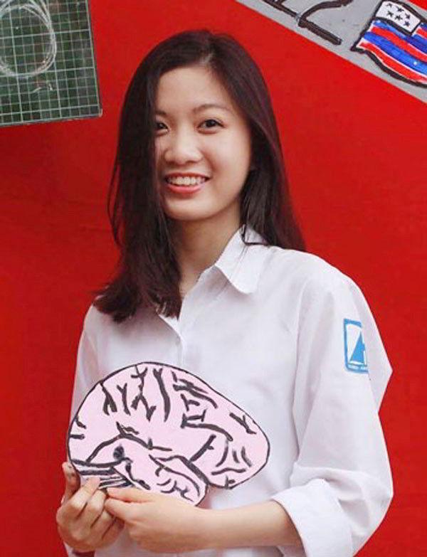 Ngô Hà Kiều Phương đã trở thành nữ sinh Việt Nam đạt điểm tuyệt đối trong kỳ thì SAT khi du học Mỹ