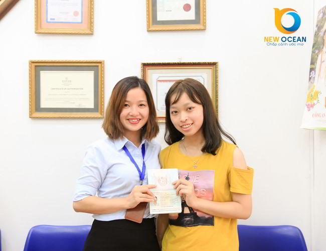 Cô gái Thái Bình Nguyễn Thanh Hoa nhận visa du học Mỹ trường Youngstown State