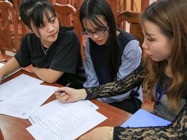 Một góc tư vấn trực tiếp thông tin du học tại Hội thảo