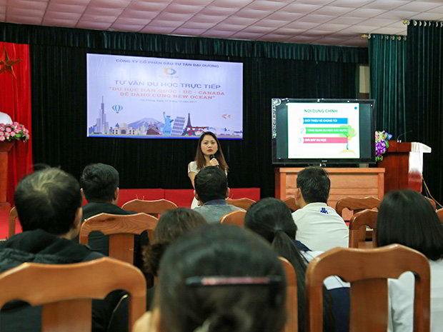 Đại diện New Ocean chia sẻ về các chương trình Du học quốc tế