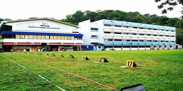Cao đẳng quốc tế Shelton được biết đến là trường tư thục hàng đầu Singapore.