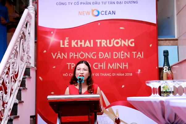 Bà Hoàng Vĩnh Hường – PGĐ New Ocean phát biểu tại lễ khai trương VP HCM