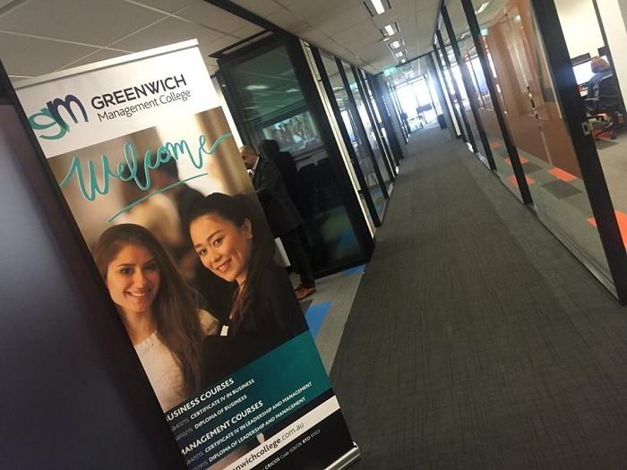 Cao đẳng quản lí Greenwich, Australia