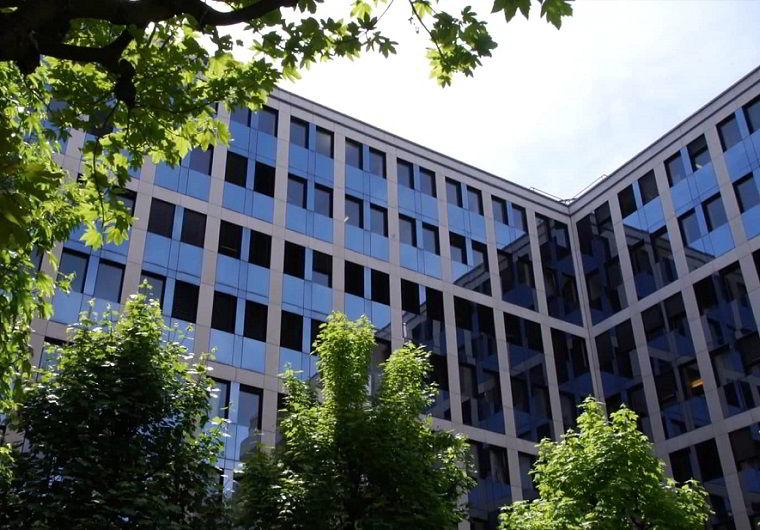 Đại học Tài chính và Quản líGeneva