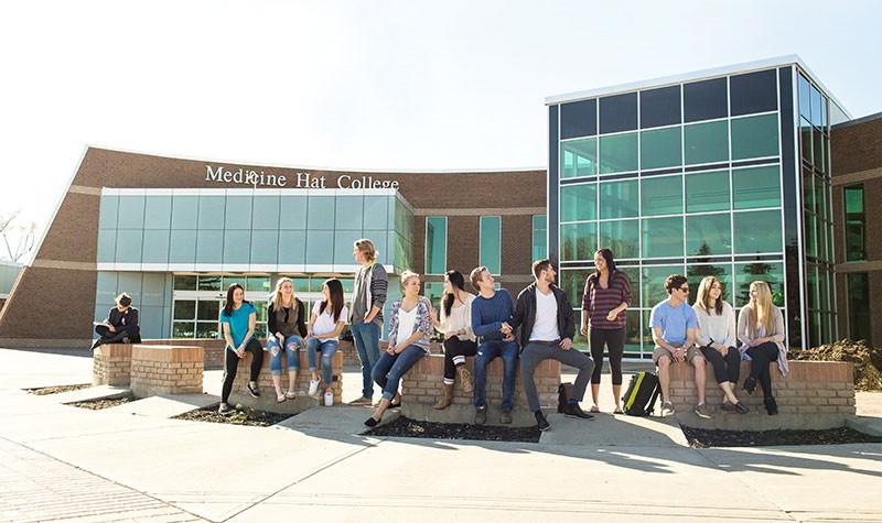 trường Medicine Hat College, Canada