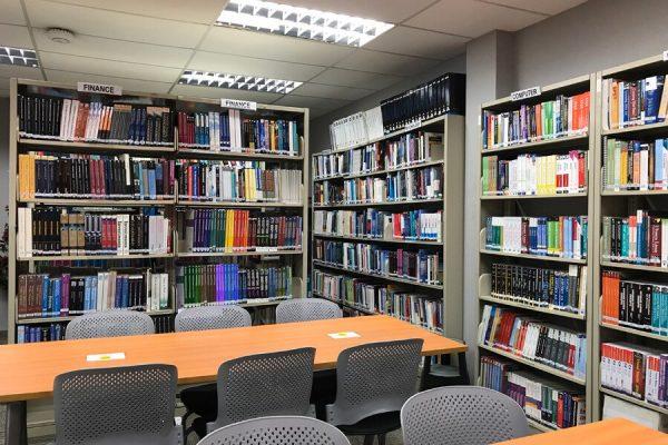 Thư viện của Học viện giáo dục TMC