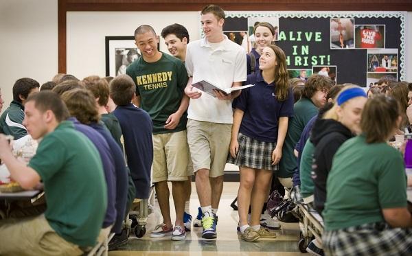 Có rất nhiều lợi ích khi du học bậc trung học tại Mỹ