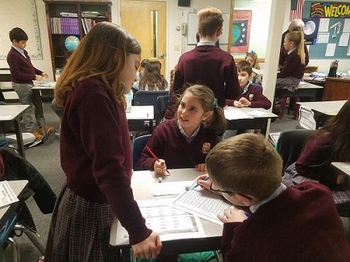 Cung cấp đầy đủ cơ sở vật chất cho học sinh của trường