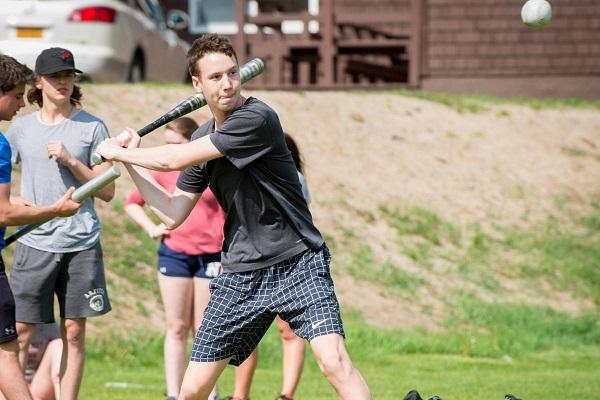 Học sinh tham gia nhiều chương trình vận động thể thao